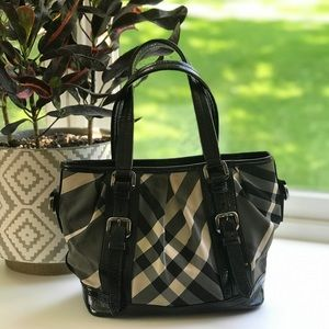 BURBERRY Nova Beat Check Victoria Tote